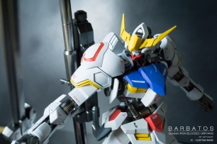 100 gundam barbatos (2)